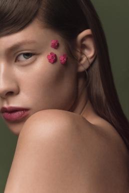 Model: Sonja Lin Kirsch | Photo: Lisa Jureczko |Mua: Adriana Wieckowski | Hair: Maximilian Dammann